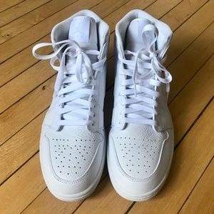 Nike Air Jordan All White 1 Mid